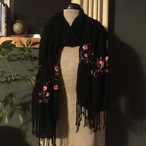 Accessories - Embroidered Scarf/shawl